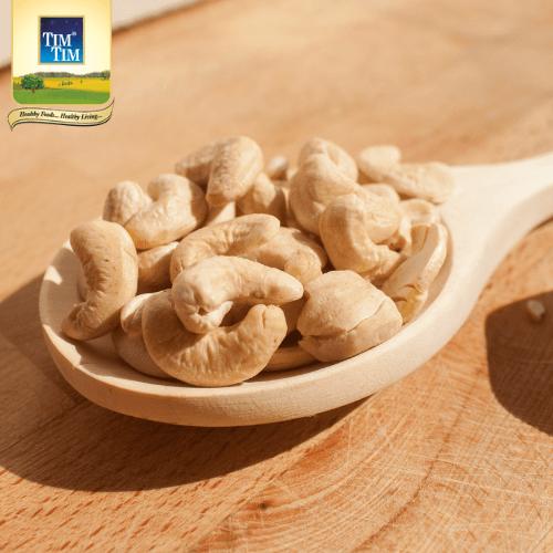 Cashews (काजू )